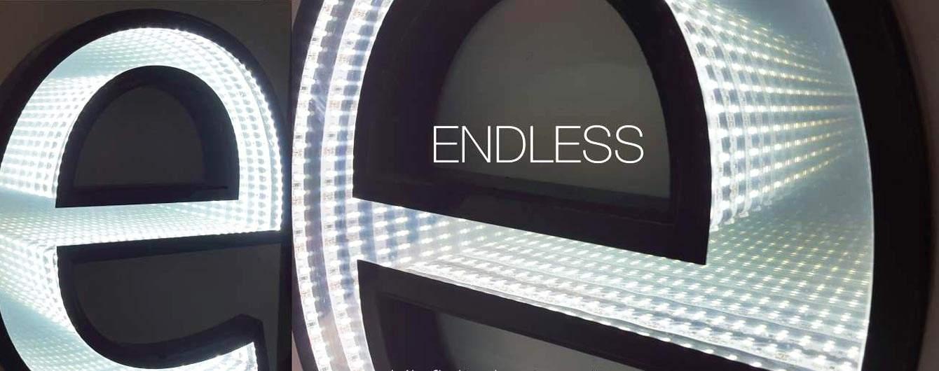 Endless, le lettere luminose dal sapore futurista stanno conquistando una ottima fetta di mercato e sono sempre più richieste